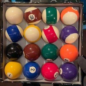 Pool balls set brand new